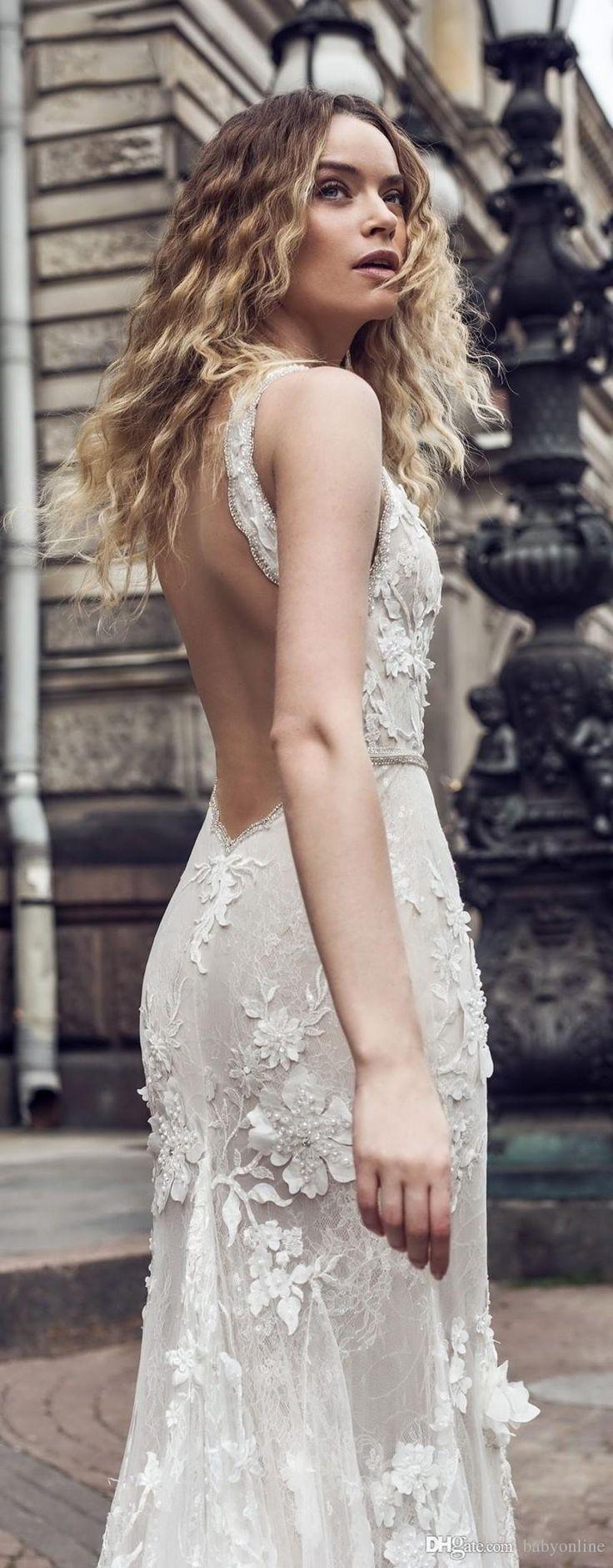 2018 Sexy Bohemian Deep V-Neck Mermaid Wedding Dresses Lace 3D-Floral Appliques Backless Long Train Charming Bridal Gowns Vestidos de novia