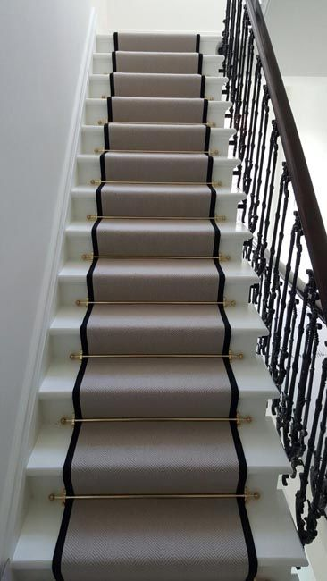 Installing Carpet to Stairs With Border