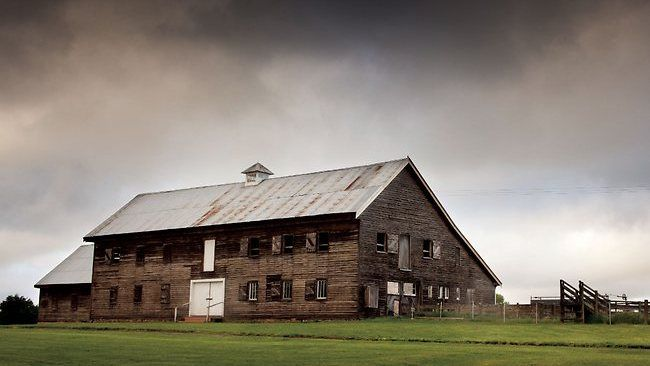 Photographer Andrew Chapman has produced a stunning series of images of Australian woolsheds for his book Woolsheds by Five Mile Press