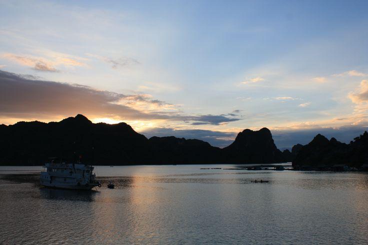 Ha long Bay, Vietnam KC Pix