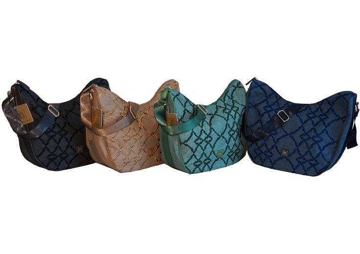 Scopri la sacca a mezzaluna in tessuto con ricami seguendo il link: http://www.amazon.it/Borsa-Laura-Biagiotti-modello-mezzaluna/dp/B01CR5RIEG/ref=sr_1_6?m=AMVJO3UPU429R&s=merchant-items&ie=UTF8&qid=1458148491&sr=1-6