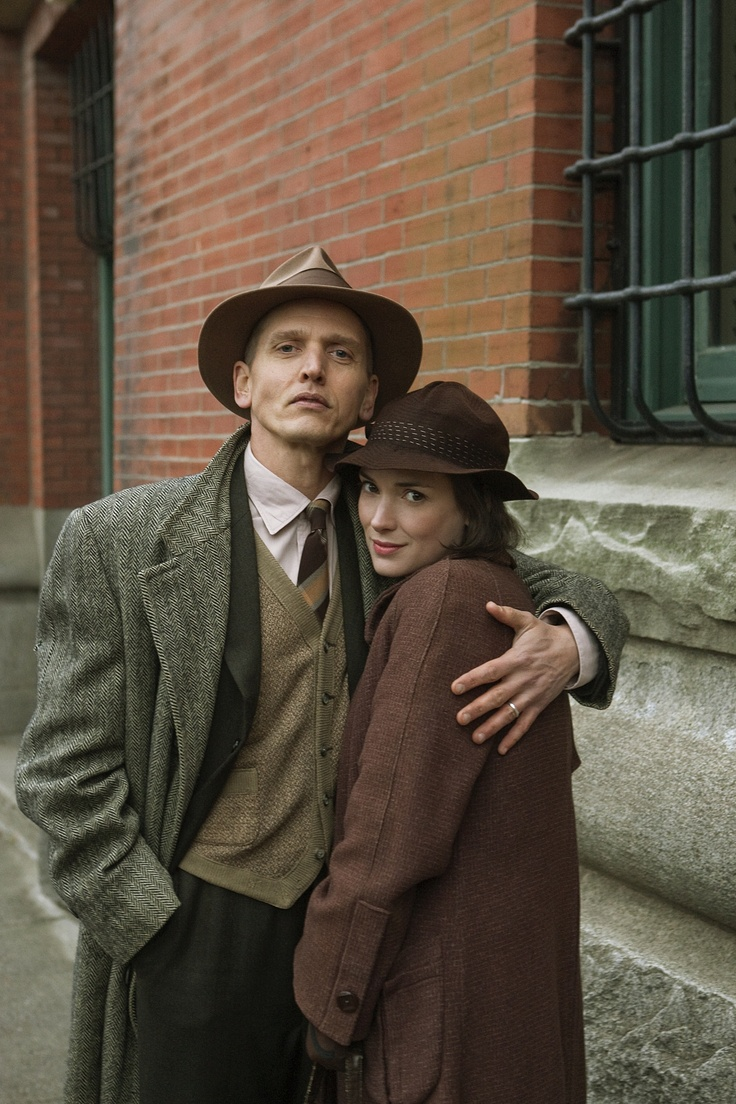 Barry Pepper & Winona Ryder in The Lois Wilson Story