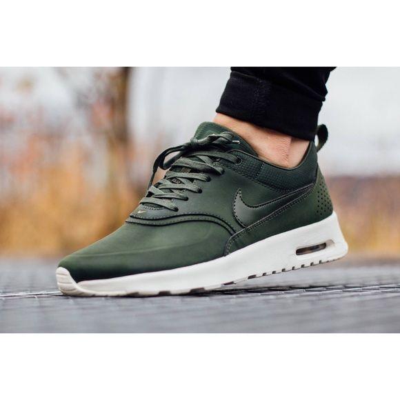Nike Air Max Thea Green Premium Leather Sneakers NWT