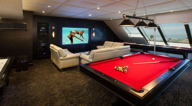 THE MAN CAVE: 10 ULTIMATE GARAGE MAN CAVE IDEAS