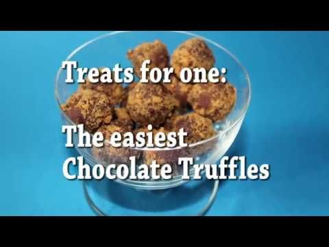 This is one of this easy, cheap and delish recipe. Only 3 ingredients, almost no effort to have it ready. Because who doesn't love chocolate Truffles .  Ingredients  4 pieces  of dark chocolate  4 Ginger cookies Cream cheese