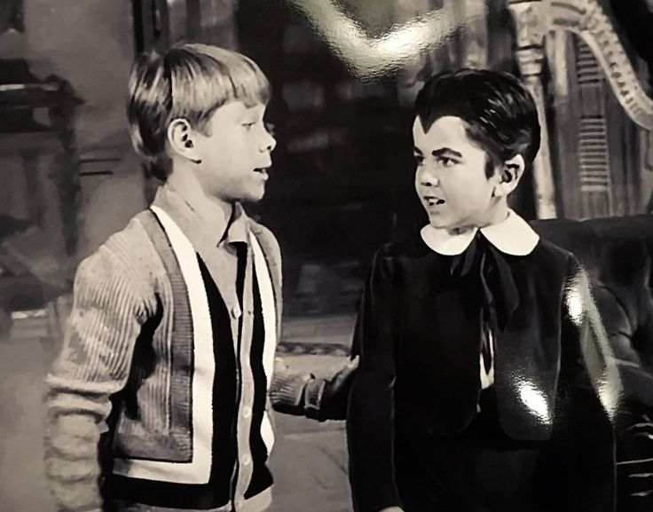 bill mumy as googie with butch patrick as eddie from the 1964 - Munsters Halloween Episode
