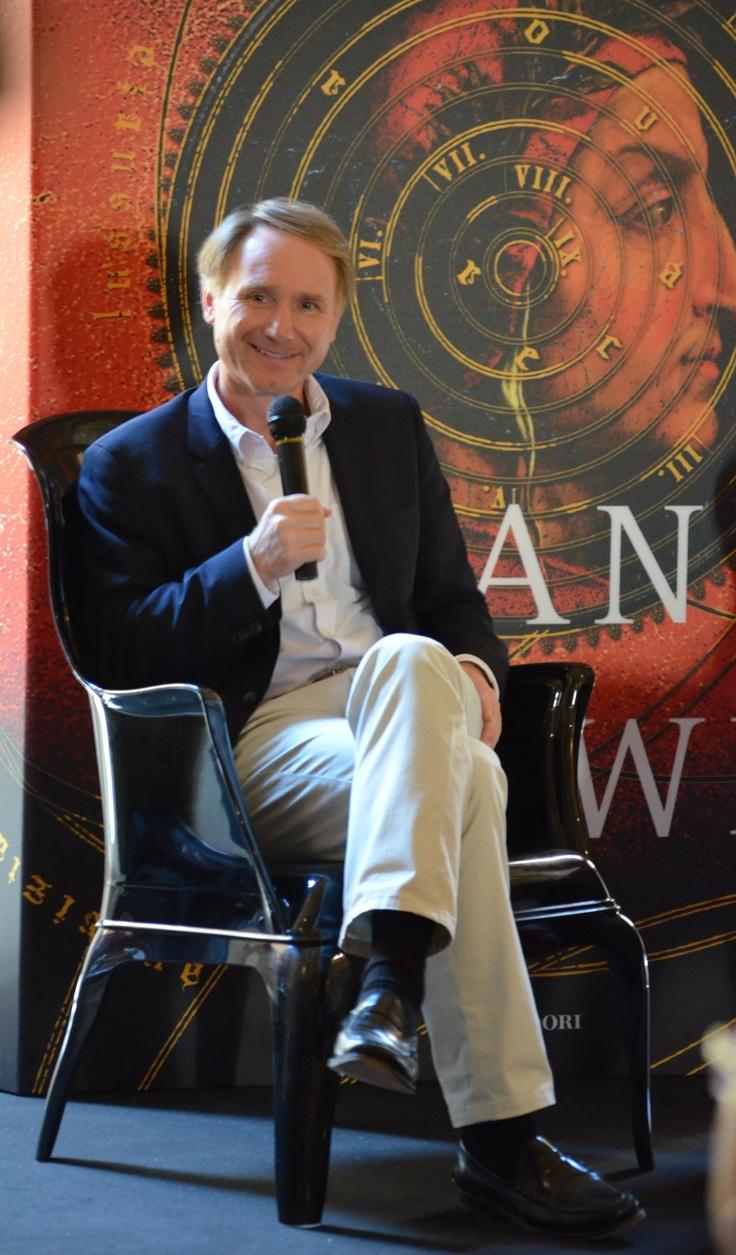 Γνωρίζεις πραγματικά έναν συγγραφέα, μόνο όταν ακούς τον ίδιο να μιλάει για το έργο του! #3 ~ #INFERNO 5/6/2013