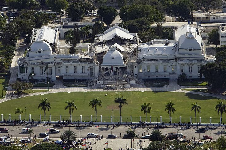2010_Haiti_earthquake . . Large portions of the National Palace collapsed