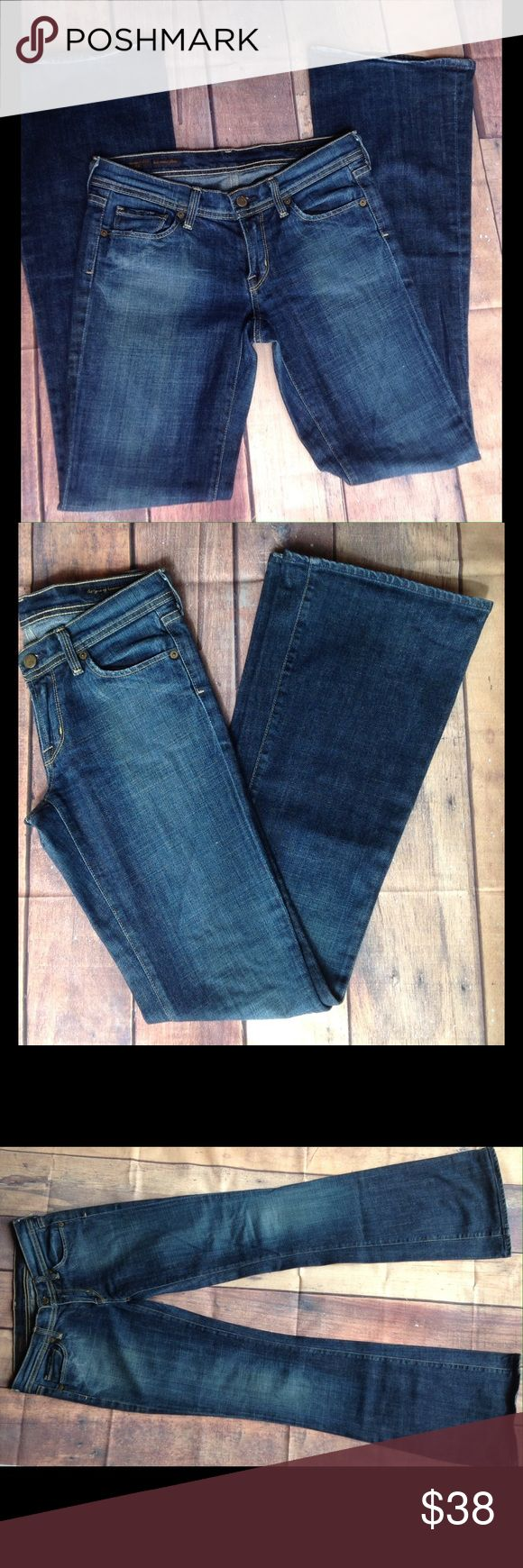 "Citizen Of Humanity Women Jeans Bootcut 27 Beautiful Citizen Of Humanity women Jeans.  Bootcut.  Size 27.  Inseam 34"", Rise 7.5, waist 15"",  Leg opening 10"".  98% cotton, 2% polyurethane.  In excellent used condition.  Smoke free environment.  No trades. Citizen of humanity Jeans Boot Cut"