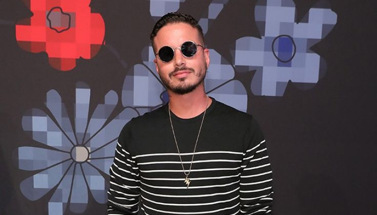 Latinosare known for taking bold fashion risks, and reggaeton artistJ Balvin is no exception. His uniqueestilo caught the attention of New York Fashion Week, who this week revealed that the Colombian star will be one of its men's ambassadors.