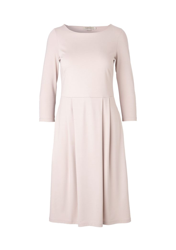 Soft rose dress with boat neckline, 3/4 sleeves and pleats and pockets. Available in more colors. mo. 9200 rix