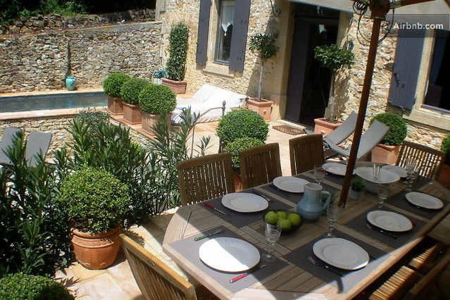 Wunderschönes Ferienhaus in der Provence mit Pool, geeignet für 6- 8 Personen