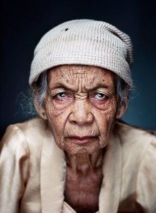 Winning photo of 'de Zilveren Camera 2010' made by Jan Banning.    The Javanese Wainem (1925) was one of the approximately two hundred 'comfortwomen' who were forced into prostitution by Japanese soldiers in World War II.