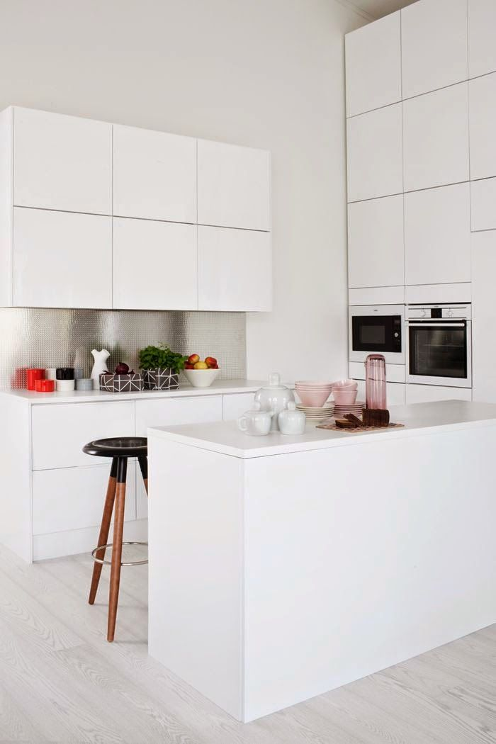 17 mejores ideas sobre peque as cocinas blancas en - Cocinas blancas pequenas ...