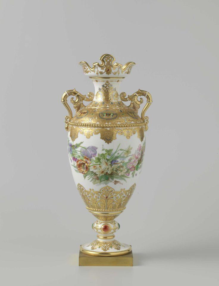 *'Vase Adélaïde', Manufacture de Sèvres, 1848