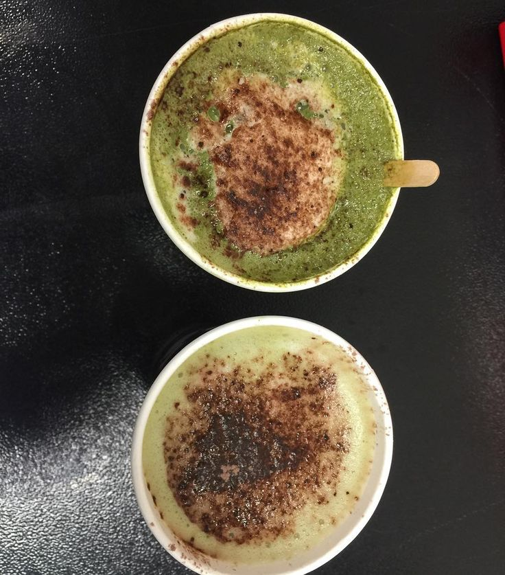Using the awesome coffee machine at work to create a healthier afternoon pick me up! Matcha latte sweetened with stevia and a dusting of cocoa. And for my #dairyfree work partner a coconut milk matcha latte. I had a sneaky sip of his and it was tasty! Hadn't tried coconut milk before but I def prefer over soy milk! It certainly didn't froth much though! Yum! #matcha #latte #barista #coffeebreak #healthy #healthierchoices #healthspo #foodblog #superfood #tasty #getinmybelly #glutenfree…