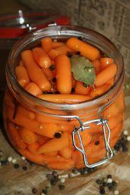 Młodziutkie marcheweczki również z powodzeniem możemy zamarynować i mieć zimą świetny dodatek do obiadu. Polecam, jeśli jeszcze nie próbowal...