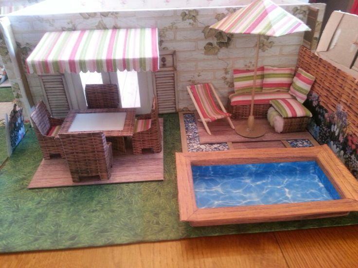 Maison en carton no es una caja de cart n diy barbie for Muebles practicos para casas pequenas