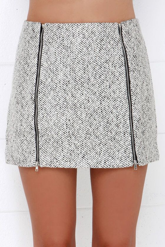 The Uptown Upgrade Black and Ivory Mini Skirt is notorious for giving closets an instant enhancement! It can do the same for yours with its cute black and ivory herringbone patterned boucle fabric that shapes a sheath skirt with two exposed silver zippers at front. Unlined. 40% Wool, 30%% Polyester, 10% Acrylic, 10% Viscose. Hand Wash Cold.