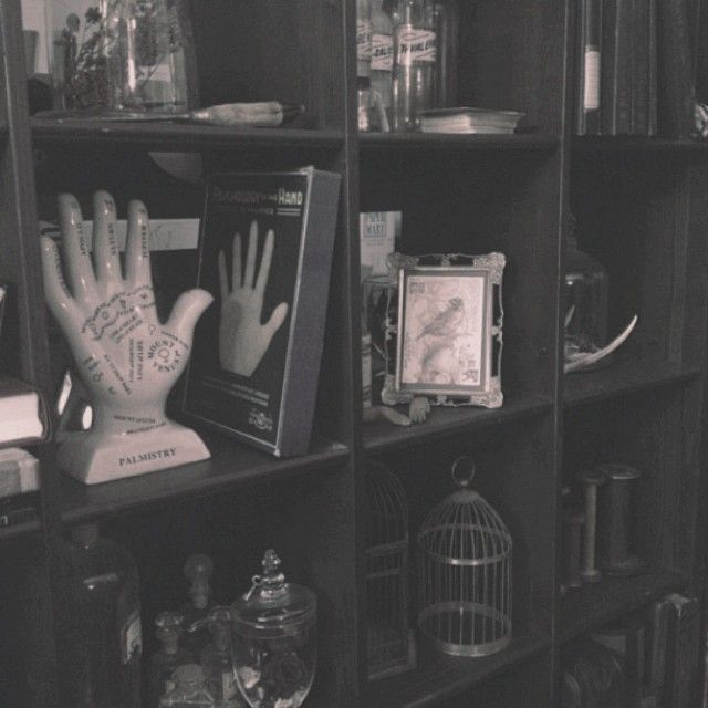 25 Best Ideas About Goth Bedroom On Pinterest Gothic