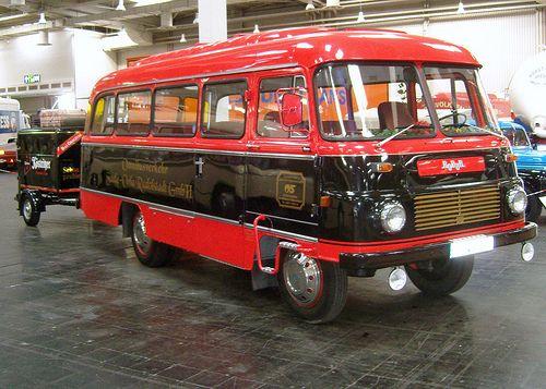 ROBUR Bus ... auf der Nutzfahrzeug-IAA, Hannover 2010