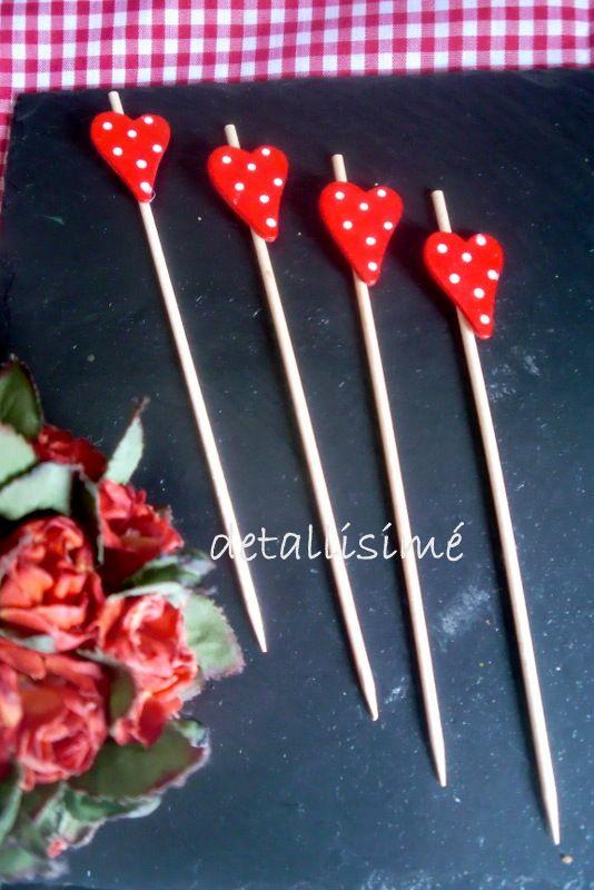 Palillos de 15 centímetros con fresa. Especial para brochetas dulces y saladas. Aperitivos y pinchos. Pop cupcakes..