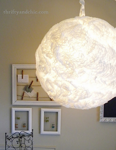 coffee filter hanging light. Awesome!: Hanging Lights, Lights Fixtures, Lamps Shades, Filters Lights, Filters Hanging, Paper Lamps, Coffee Filters, Memorial Filters, Diy Projects