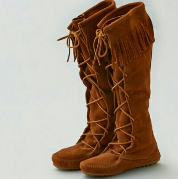 Minnetonka native boots! *Gently worn! Brown suede Lace up  Moccasin boots Fringe detail Very comfortable Minnetonka Shoes Moccasins
