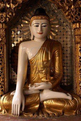 Golden Buddha in Shwedagon paya pagoda, Yangon, Myanmar              Stock Photo