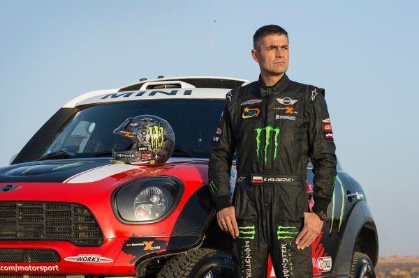 Tak to już oficjalnie potwierdzone. Zwycięska marka dwóch poprzednich edycji rajdu #Dakar ponownie zmierzy się z naturą. Za sterami jednego z #MINI ALL4 Racing zasiądzie #Hołowczyc. Czy tym razem uda mu się dojechać do mety?