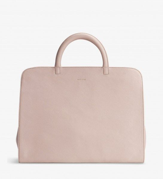 My Mat and Nat Petal Pink bag is perfect for traveling.