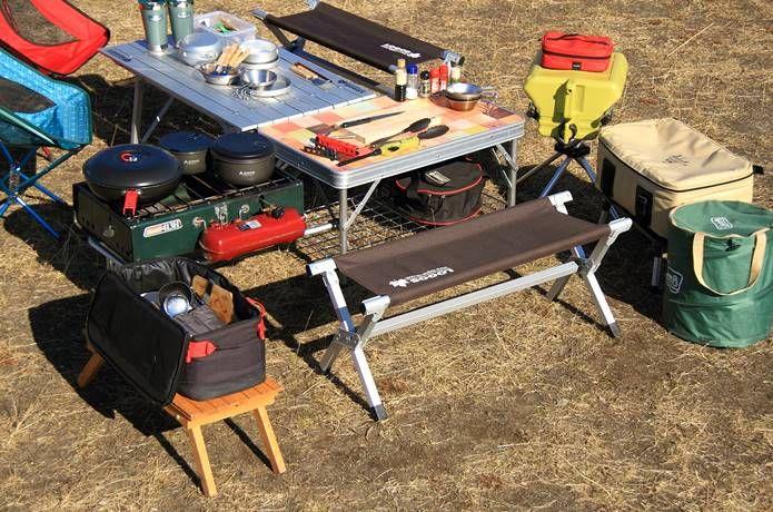 キッチンテーブルは買わなくてok 超合理的なキッチンの秘訣は ロースタイルにあった キャンプ ロースタイル キッチンテーブル キャンプ