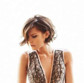 I LOVE this cut.  I've had my hair similar to this many times.