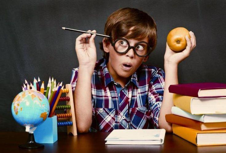 """Du côté de la Belgique, le journal Le Soir vient de publier un article sur les enfants #surdoués : """"Un enfant sur 20 est à #HautPotentiel"""" :) Mais... (il y a un mais :-/ ), il est réservé aux abonnés  :( Le blog vous livre les 1ères lignes de ce papier, qui aborde deux grands thèmes : - Des surdoués qui brillent ou qui souffrent - Comment identifier un enfant #HP ?"""