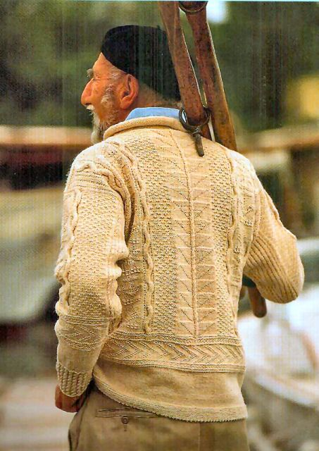 a traditional gansey back ~ designed by Beth Brown Reinsel and available in the book 'Knitting in America' by Melanie Falick