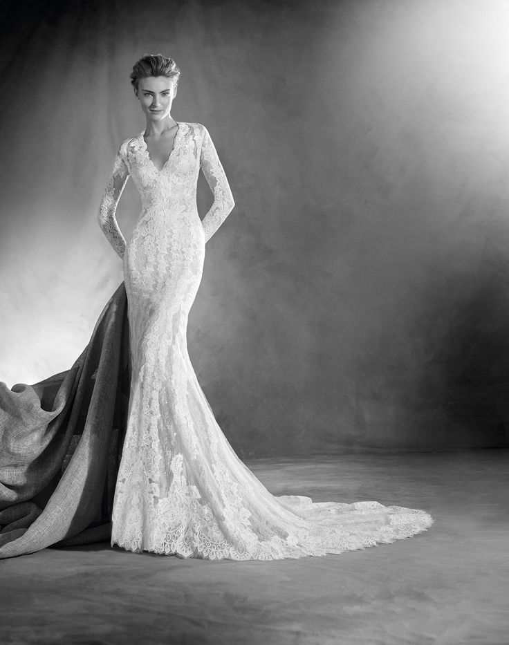 15 best Atelier Pronovias 2017 images on Pinterest ...
