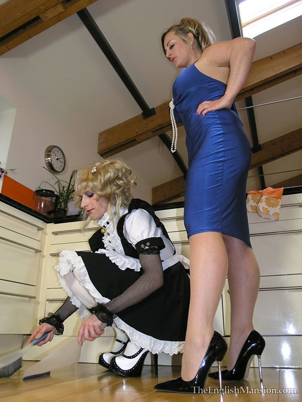 Wife/Mistress Supervising Wife/husband in his domestic-duties.♥