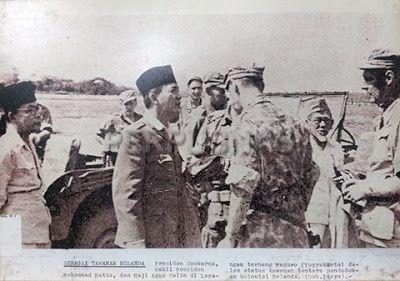 "Info Berita Baru Terbaik: ""Sebagai Tawanan Belanda"". Presiden Soekarno, Waki..."