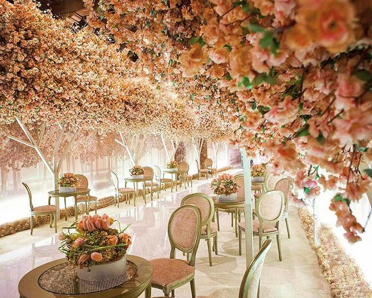 "Lebanese Weddings on Instagram: ""Your wedding reception is the first impression your guests will get of the party , so make sure you bring the ""WOW"" factor  ! Wedding planner : GC events @gcevents #lebaneseweddings"""