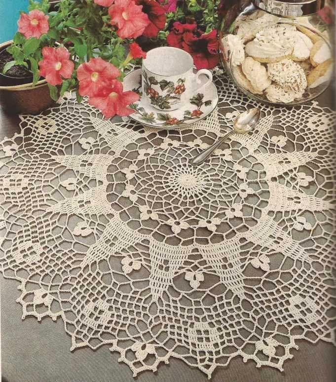 """Tapete color crudo """"Tréboles"""" a Crochet"""