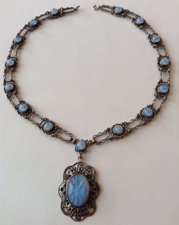 VINTAGE ART DECO CZECH BLUE MOONSTONE STAR RHINESTONE FILIGREE NECKLACE STUNNING