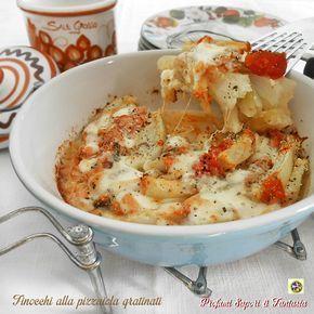 I finocchi alla pizzaiola gratinati sono una gustosa alternativa per servire questa verdura così versatile. Anche un piatto unico vegetariano.