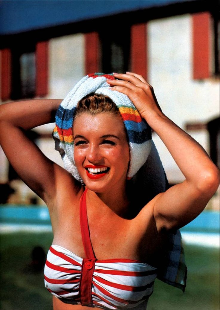 Marilyn Monroe (I have a bathing suit top like this)