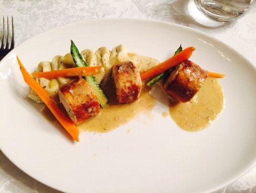 Chicken in pistachio crust @ cezanne-by-cezar, Bucharest