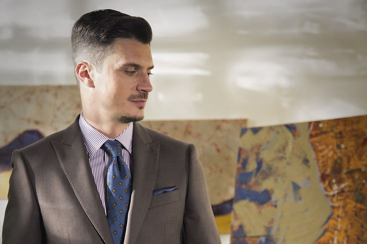 Discover the GROVER BROWN suit