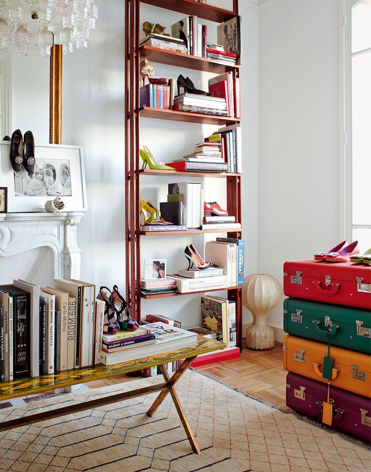 Als Gherardo Felloni sich in Paris niederließ, kaufte der MiuMiu-Designer ein Haus für sich, hunderte Schuhe und jede Menge italienischer Mitbewohner.