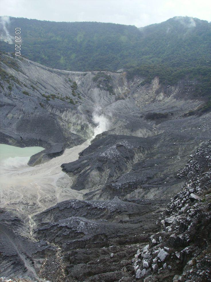 Bandung volcano - Tangkuban Perahu