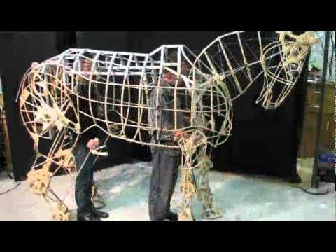 War Horse. Incredible puppets made by Hand Spring Puppet Company