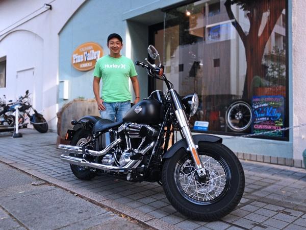 2012年8月26日  Harley FLS Softail Slim