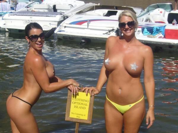 girls using large sex toys porn